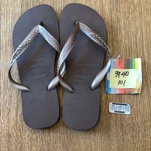 Havaianas, 39-40,dk brown, wide strap w/jewels,new
